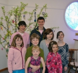 Easter-Tree-2012-Children