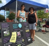 Liz Cook and Ruth Thomas were one of the team groups to represent First Unitarian Universalist at the Farmer's Market.