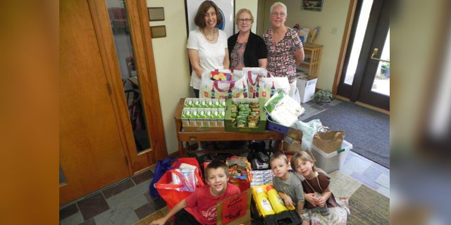 FIRST UU CHURCH SOCIAL JUSTICE PROJECT SUPPORTS THE LOVE BASKET PROGRAM